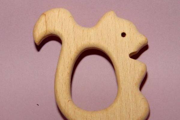 Comment désaffecter un anneau de dentition en bois brut